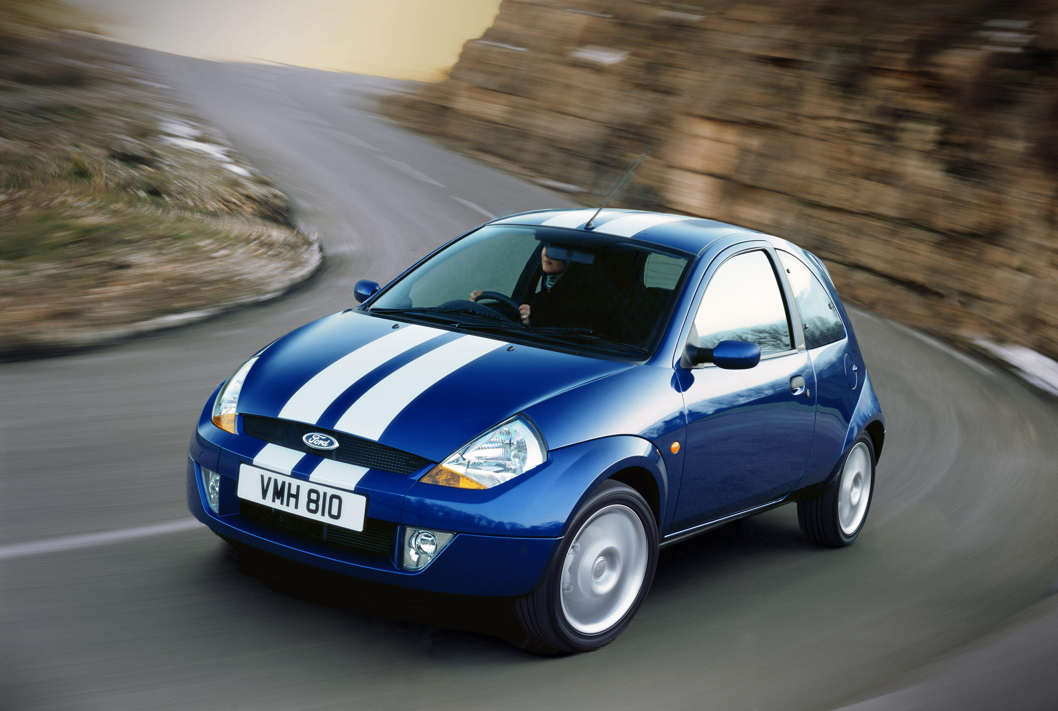 ford sport ka 1 6 i duratec 95 hp car technical data power torque fuel tank capacity fuel. Black Bedroom Furniture Sets. Home Design Ideas