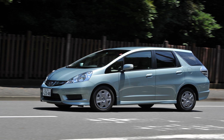 Honda Fit Shuttle Hybrid 1 3i 88hp Car Technical Data