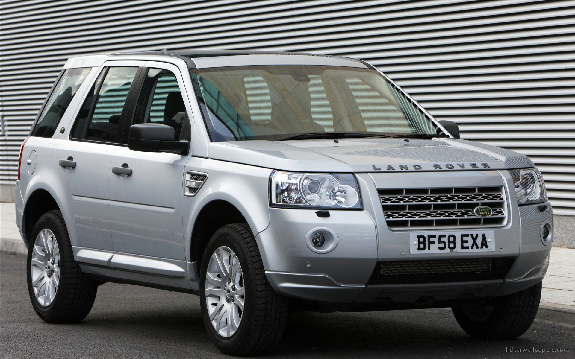 Land rover freelander os dados t cnicos do carro for Garage land rover nancy