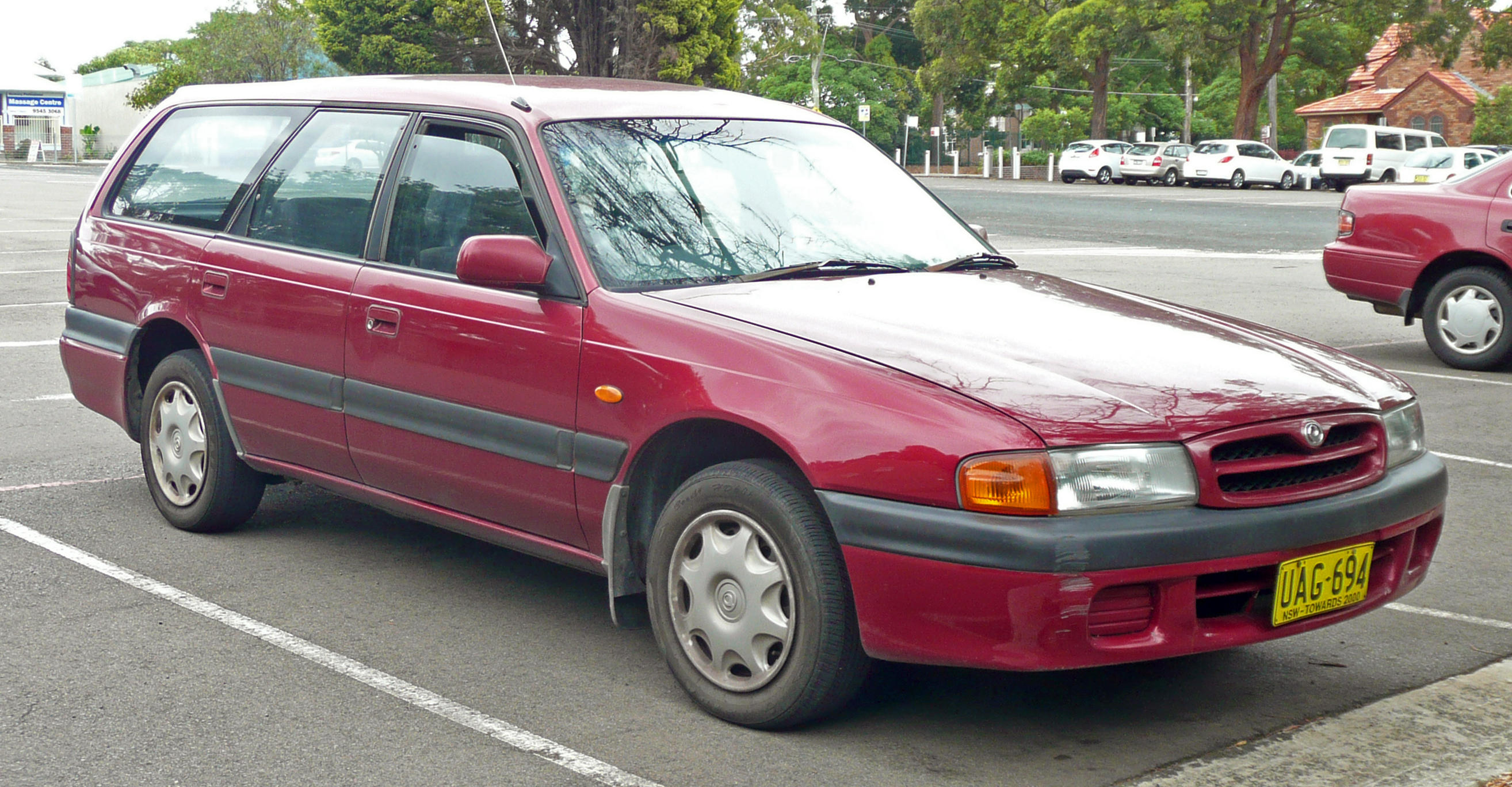 mazda 626 car technical data. car specifications. vehicle fuel