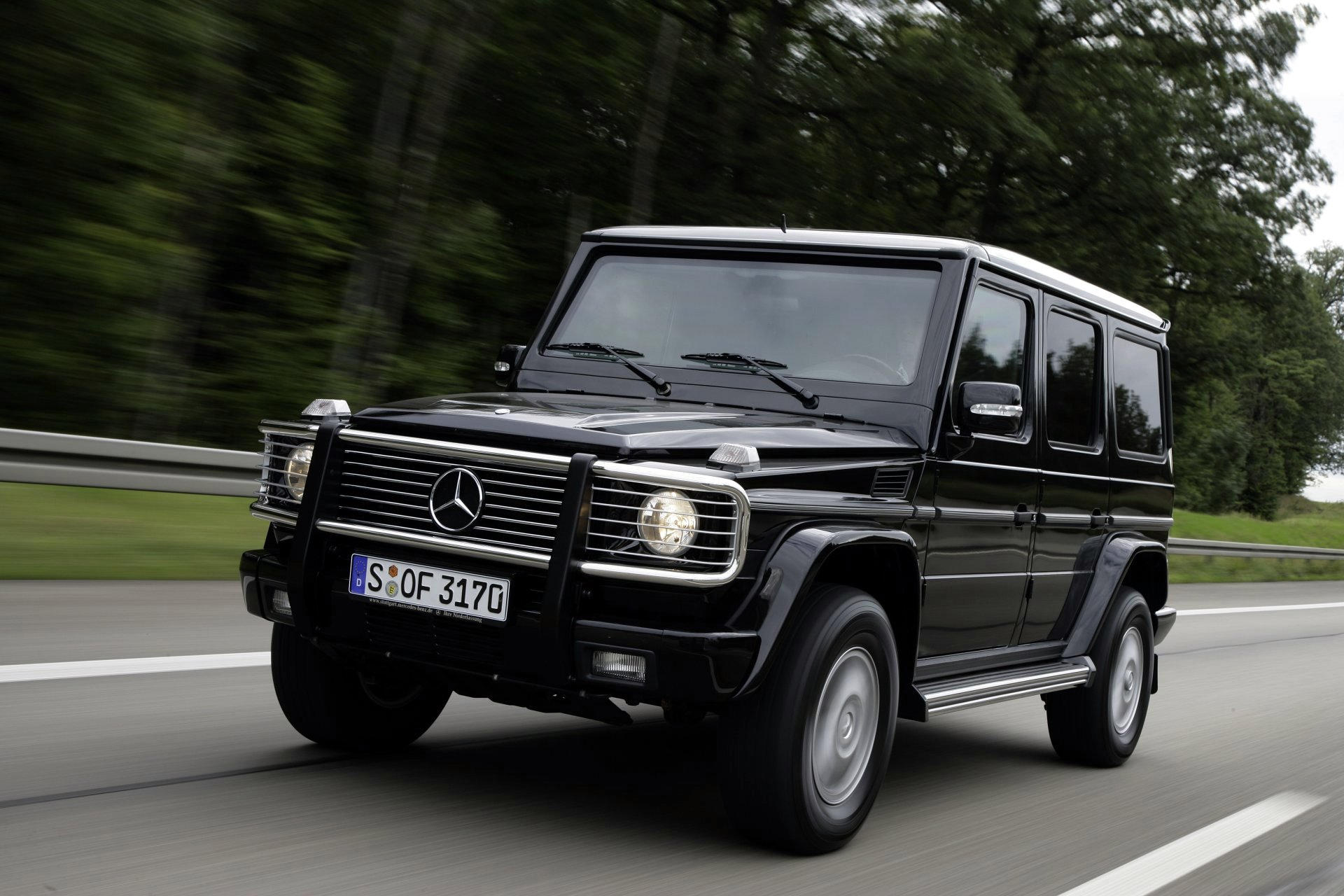 mercedes benz g klasse car technical data car specifications vehicle fuel consumption information. Black Bedroom Furniture Sets. Home Design Ideas