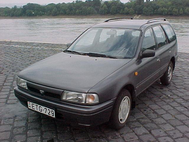 Nissan Sunny Wagon
