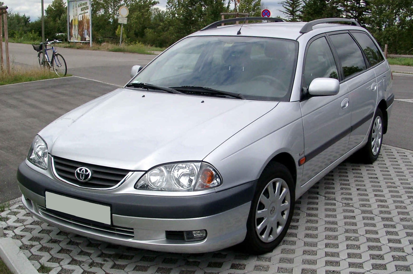 2003 toyota avensis wagon 2.0 di automatic related infomation