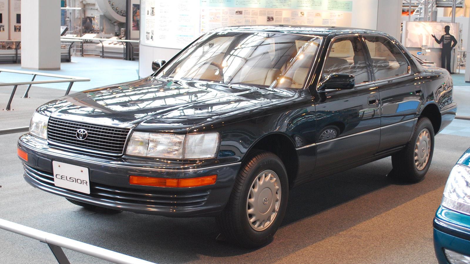 Toyota-Celsior-I.jpg
