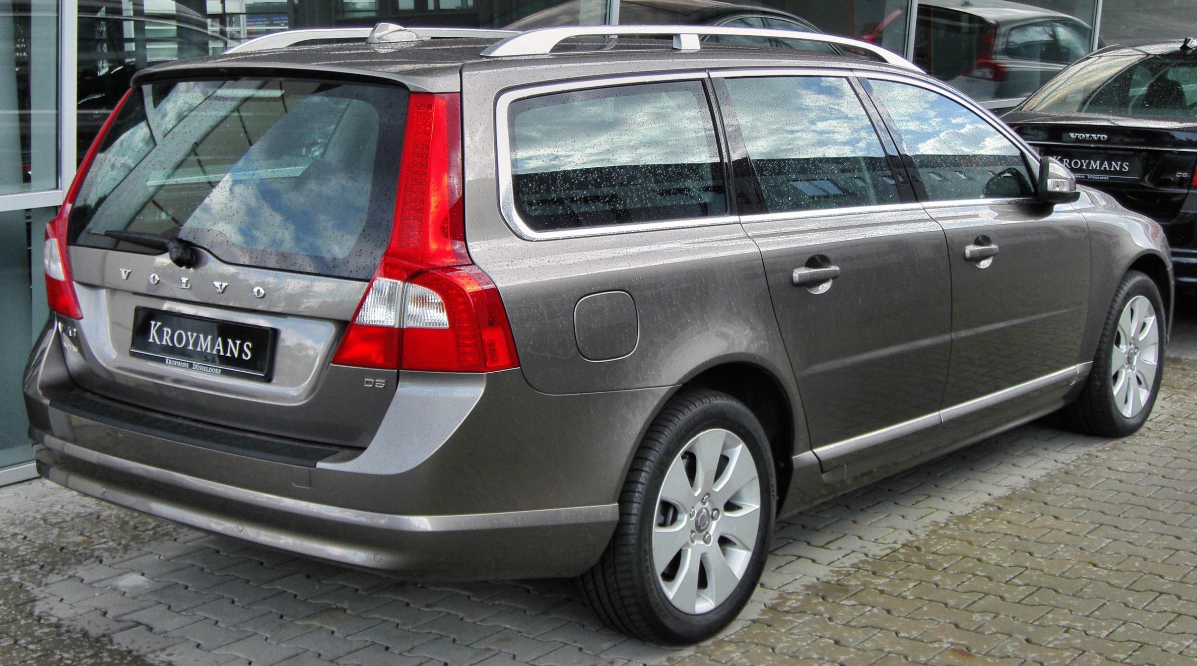 volvo v70 car technical data car specifications vehicle fuel consumption information. Black Bedroom Furniture Sets. Home Design Ideas